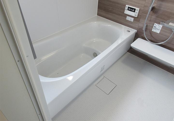 システムバスの浴室になりました。